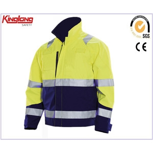 China Roadside working safety mens jacket with high visibility reflective tapes factory